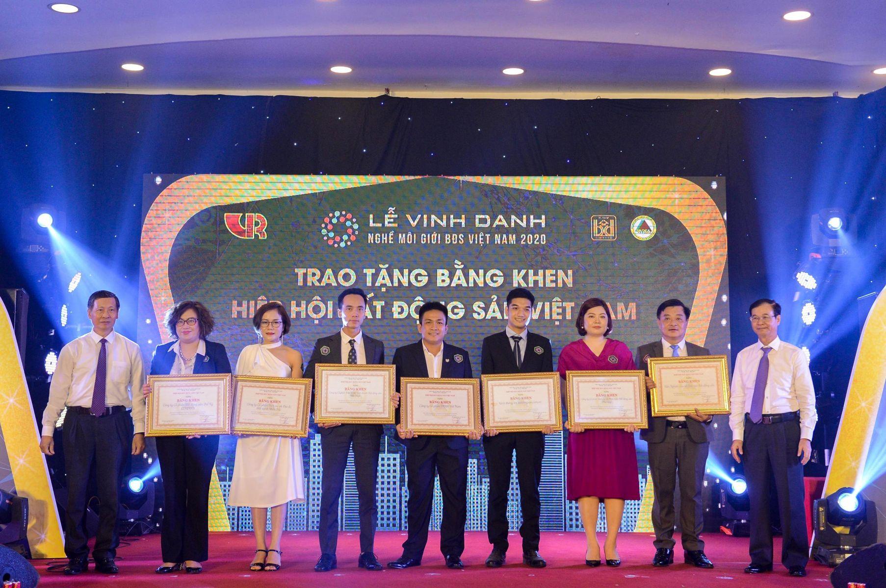 Hải Phát Land – giữ vững danh hiệu Sàn giao dịch BĐS tiêu biểu Việt Nam 5 năm liên tiếp